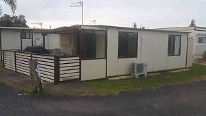 Onsite Caravan fully furnished, toilet&shower + fitted kitchen Thirroul Wollongong Area Preview