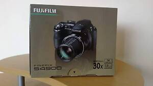 Brand New FujiFilm S4900 14Mp/30x Optical Zoom Digital Camera Meadow Heights Hume Area Preview