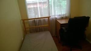 Clean pretty room near Gosford (Narara) @ Central Coast Narara Gosford Area Preview