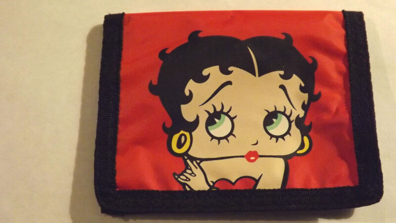 """BETTY BOOP RED NYLON FABRIC WALLET KING FEATURES SYNDICATE 4 3/4"""" X 3 5/8""""FOLDED"""