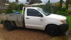 2006 TOYOTA HILUX. Golden Grove Tea Tree Gully Area Preview