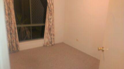 Room for rent Mount Warren Park Logan Area Preview