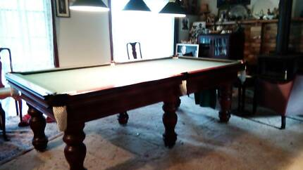 Full sized pool table great condition everything included