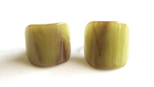 Vintage Custard-Cinnamon Streaks BAKELITE Domed Clip Earrings Simichrome Tested