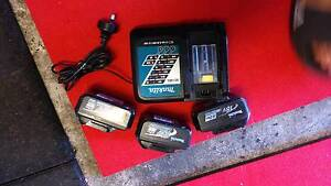 Malita 18V Charger and 3 Batteries Green Valley Liverpool Area Preview