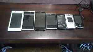 Collection of older mobile phones Rockville Toowoomba City Preview