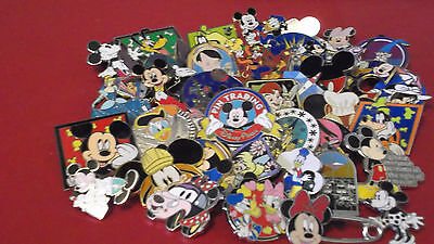 Lot of 25 Disney Trading Pins.--Free Shipping--No Doubles--19J