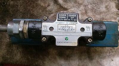 Used Vickers Hydraulic Solenoid Valve Dg4l-3-2c-pl2-t-10 110v