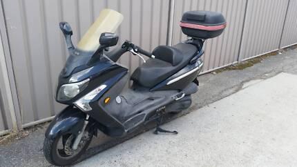 SYM Firenze 250 scooter