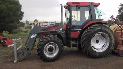 Case 4240 tractor with front loader
