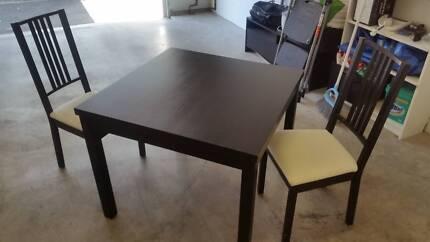 Black Extendable Ikea Bjursta Table 2 Chairs