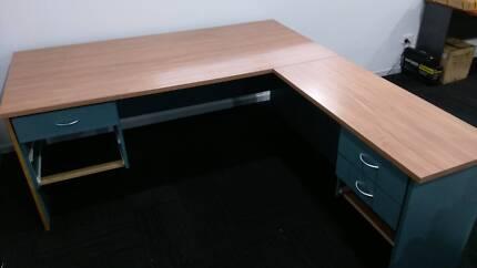 Great Condition Corner Office Desk