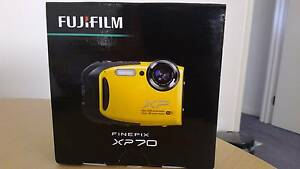 Fuji FinePix XP70 / 16MP Water&shockproof camera-Wifi Meadow Heights Hume Area Preview
