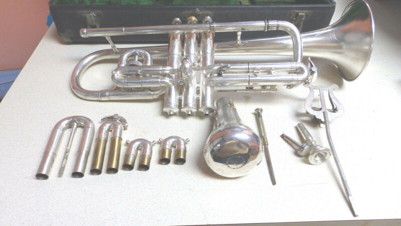 Conn Cornet, New Wonder, 1916, Dual Transposing slides. Incredible Condition!