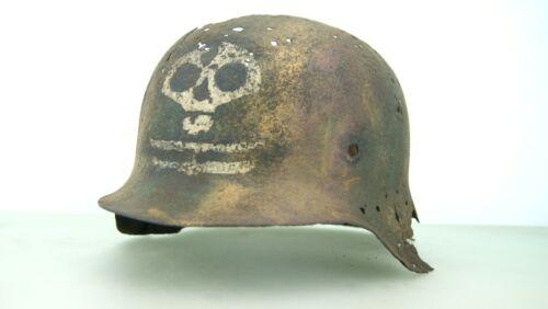 WW2 GERMAN M-42 FINNISH INFANTRY REGIMENT 3 COLOR CAMO HELMET