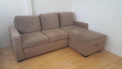 l shaped couch converts to double bed