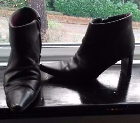 Selection of ladies boots size 4