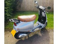 Piaggio Vespa 125 cc * LEARNER LEGAL / CBT * Moped Scooter ET4