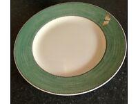 Wedgwood Sarah's Garden dinner plates x 10