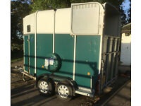 Ifor Williams HB510 Green Horse Trailer and full width breast bar