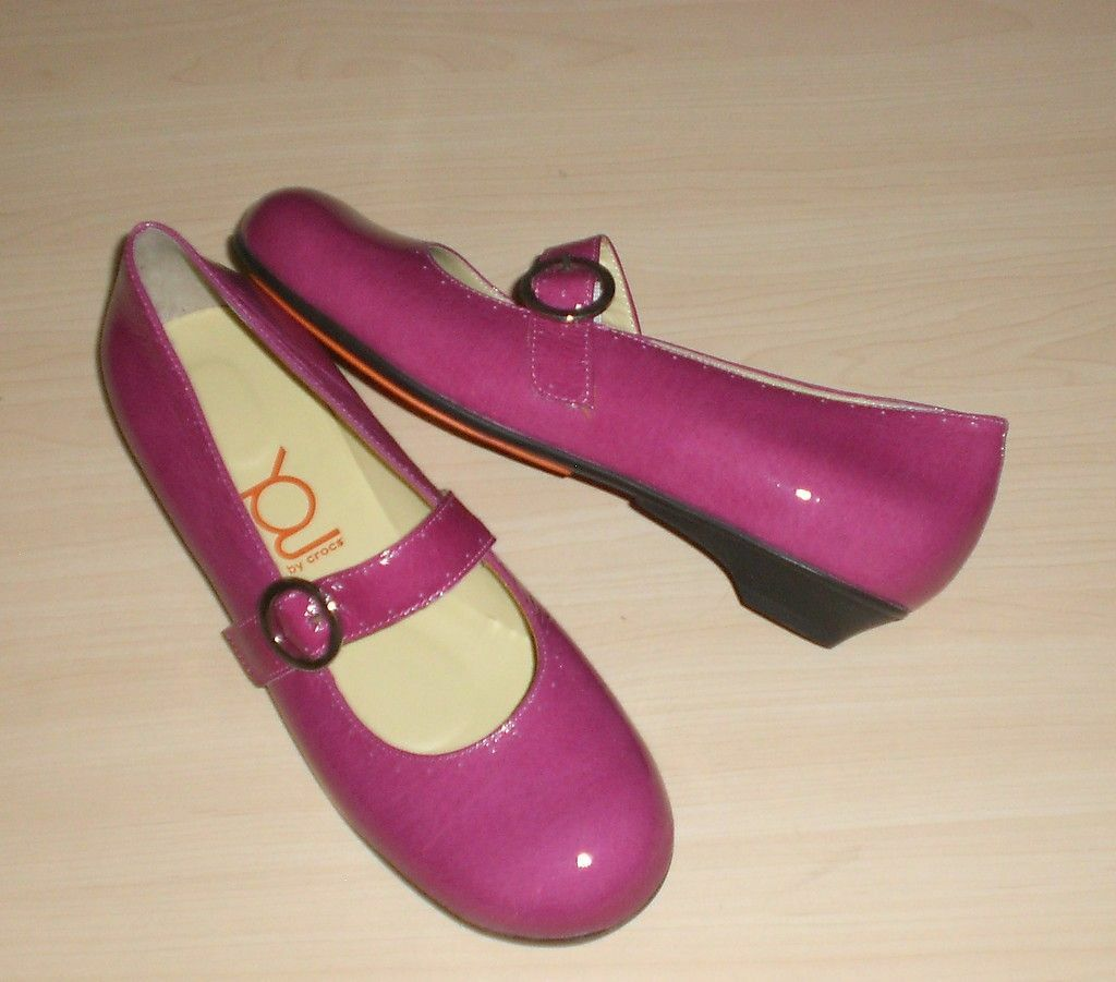 Crocs You by Crocs MJ flats pink pat leather 7.5 Md NEW 1