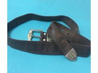 Genuine LEVIS leather belt I can post this via postage cost to a buyer.