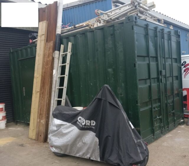 4 8m x 2 4m Steel Storage Container | in Wimbledon, London | Gumtree