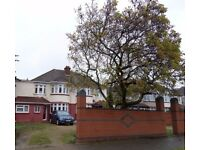 Large 5 Bedroom House - Hounslow / Great West Road!