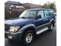 **DIESEL** TOYOTA COLORADO LAND CRUISER 4X4 IN GOOD CONDITION.