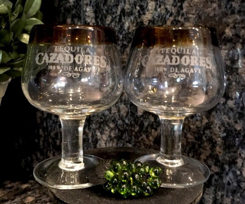 CAZADORES Tequila 100% De Agave Hand Blown Amber Rim Footed Glasses (2) MINT!