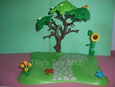 Playmobil    House/ Farm- Garden Base,Flowers, Butterfly,Tree & Sunflower  - NEW