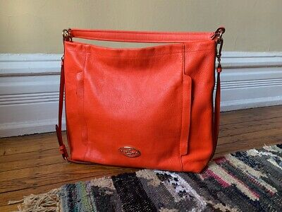 Gently Used Coach 34312 SCOUT HOBO in Pebble Leather Light Gold / Coral (Coach Large Scout Hobo In Pebbled Leather)