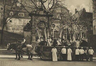 Ü1006 BILD AUS EINER FESTSCHRIFT MEISSEN FESTZUG 1929 FESTWAGEN HANDWERK BERUF