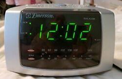 Emerson Dual Alarm Clock AM/FM Radio With Snooze Model No. CK5051