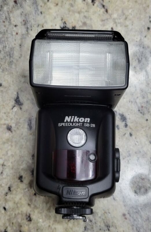 Nikon SB-28 Speedlight Shoe Mount Flash SB28 TESTED EXCELLENT CLEAN w/BATTERIES!