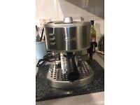 DeLonghi Coffee/Espresso Machine