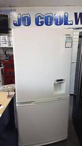 SPACE GALORE! Samsung 550L Bottom Mount White Fridge Freezer Canning Vale Canning Area Preview