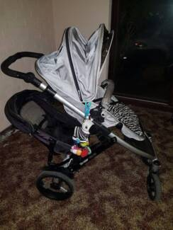 Steelcraft Strider Plus pram and toddler seat