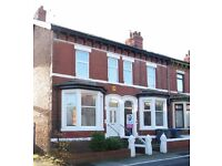 Ground Floor beautiful flat in Blackpool, near park, essential shops, main bus route, easy parking