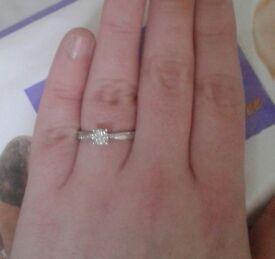 White gold diamond twist ring