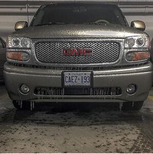 2001 Yukon Denali (Very Clean)