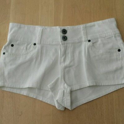 NWOT Lipstick Shorts Sz.7 Juniors Color White