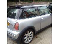 MINI COOPER AUTOMATIC 2003 SILVER 1.6 MINT FULL HISTORY DRIVES LIKE NEW, MOT, AC, CD CHANGER £2595