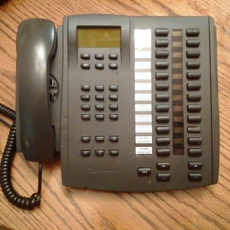 Telos Desktop Director 2001-00071 Broadcast Talk Radio Phone--- Missing stands