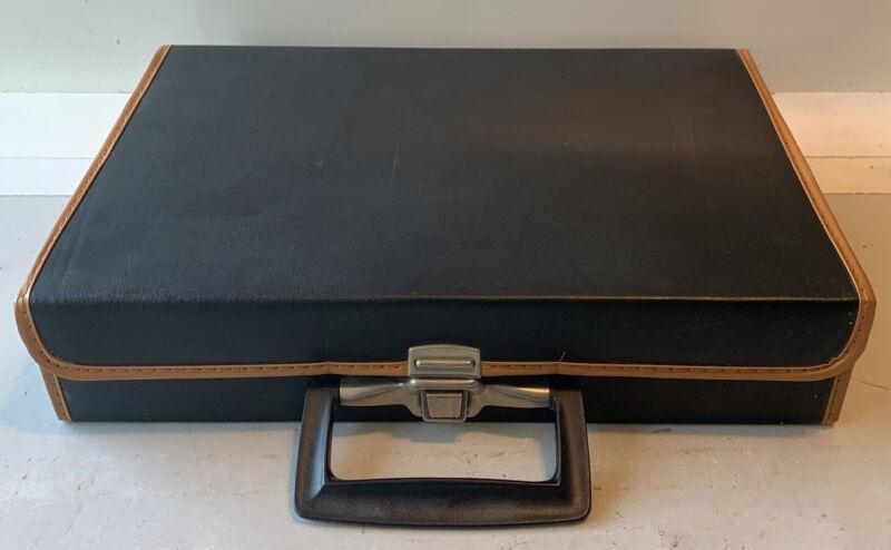 Retro Cassette Tape Case Carry Storage Holder 30 Slots Faux Leather Black Handle