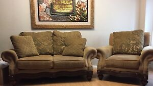 ⭐️ Italian Couch Set (WITH FREE DELIVERY) ⭐️