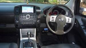 2012 Nissan Navara Crew Cab STX-550 V6 Turbo