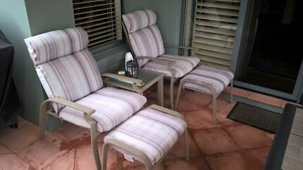 Palmetto Metro 5 pc Patio Set