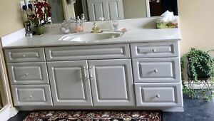 Vanity and mirror for Sale