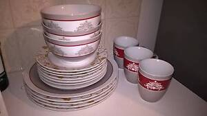 Mismatched Dinner set Windsor Hawkesbury Area Preview